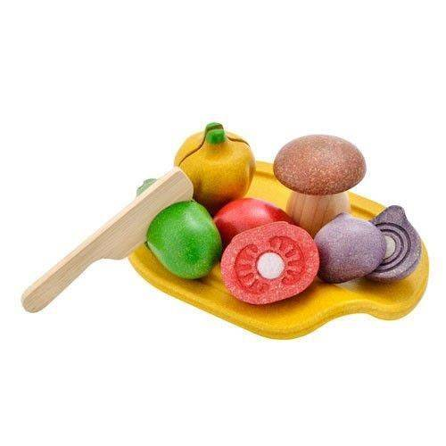 Wooden vegetables with cutting board, Plan Toys®